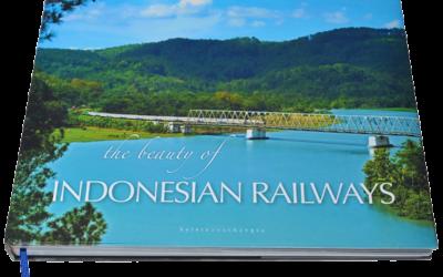 """Buku """"The Beauty of Indonesian Railways"""" Persembahan Kereta Anak Bangsa"""