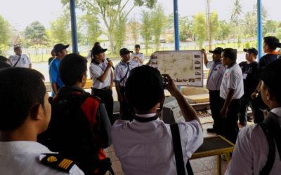 Napak Tilas Jalur Kereta Api Nonaktif Cibatu-Garut-Cikajang 2017