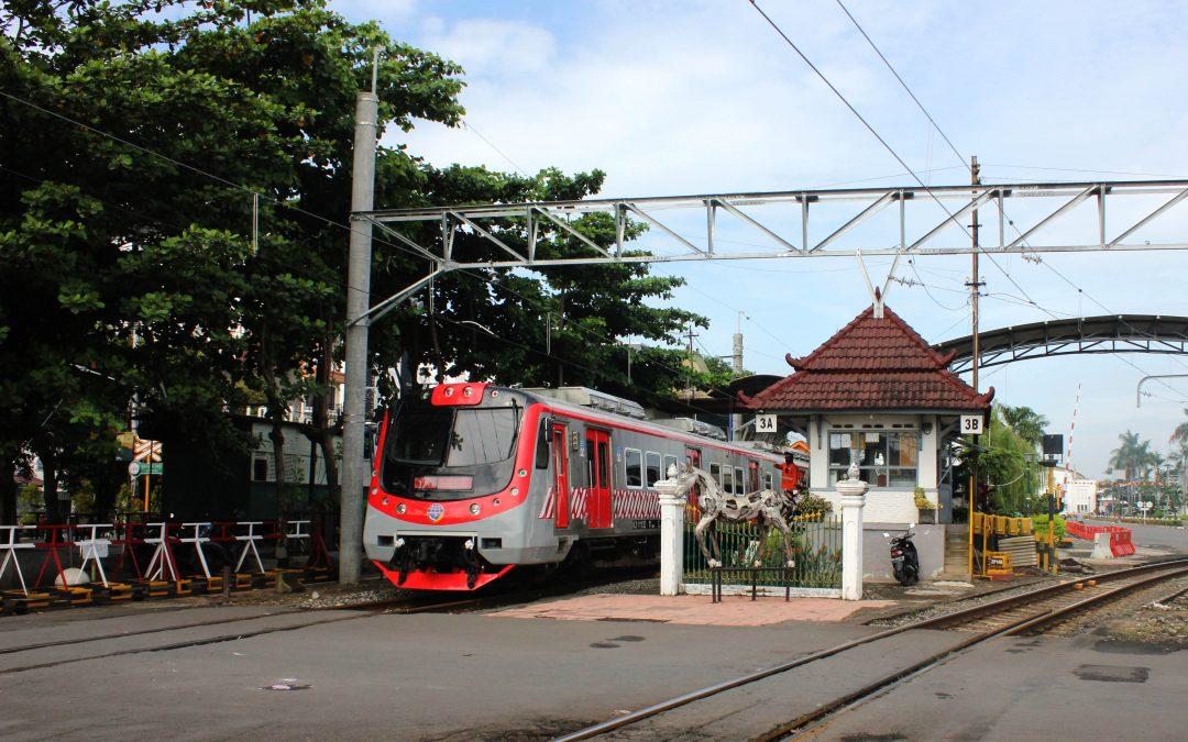Kereta Rel Listrik Hadir di Yogyakarta-Solo